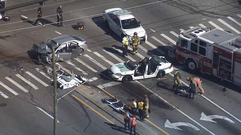 An Orange County sheriff's deputy cruiser is involved in a crash.