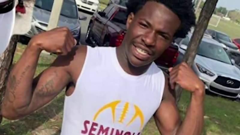 Seminole High School student dies after car hydroplanes, strikes power pole