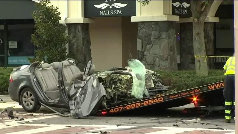 1 dead, 2 hurt in crash with ambulance in Orlando