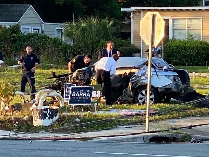 A fatal crash closes Colonial Drive in Orlando.