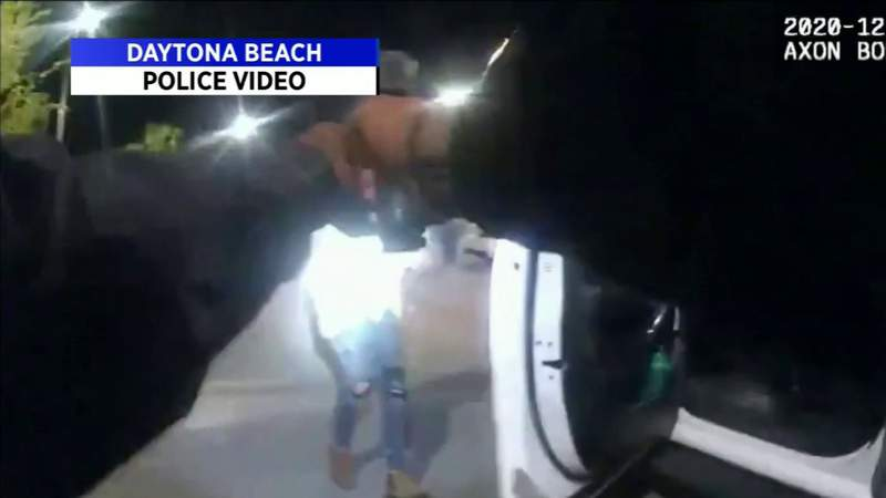 Man shot by Daytona Beach police charged at officers, body camera video shows
