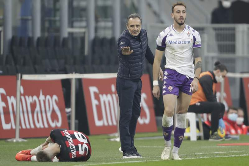 Fiorentina's head coach Cesare Prandelli gestures during a Serie A soccer match between AC Milan and Fiornentina, at the San Siro stadium in Milan, Italy, Sunday, Nov. 29, 2020. (AP Photo/Luca Bruno)