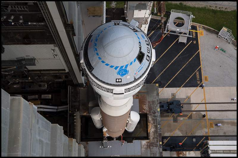A Boeing CST-100 Starliner atop a ULA Atlas V rocket at Space Launch Complex 41 in Cape Canaveral. (Image: NASA)