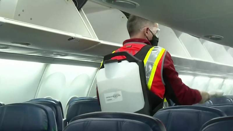 Trust Index: Can COVID-19 spread on airplanes?