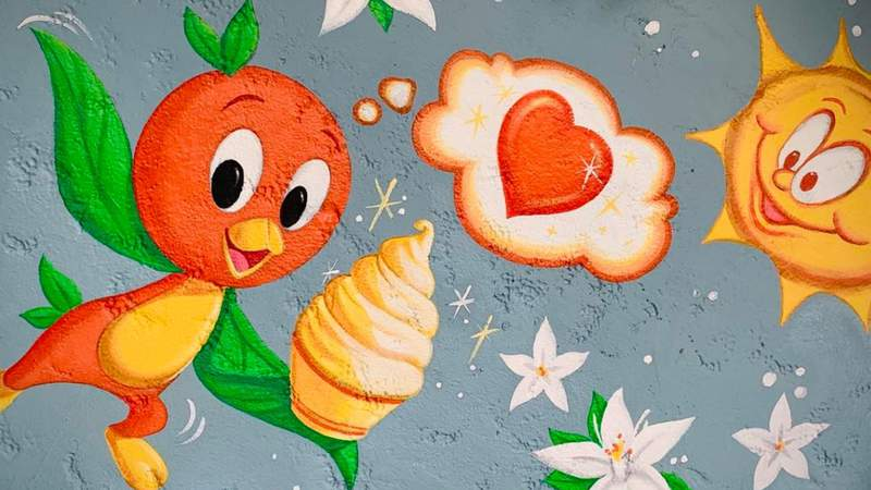 New mural painted at Sunshine Tree Terrace