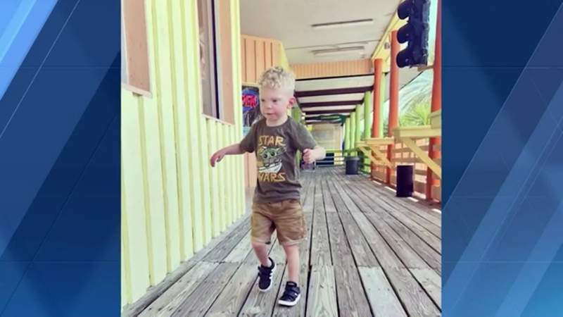Family coming back from Florida vacation barred from flight because boy with autism wouldn't wear mask