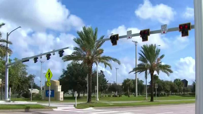 New crossing signal in Daytona Beach aims to keep children safe during school year