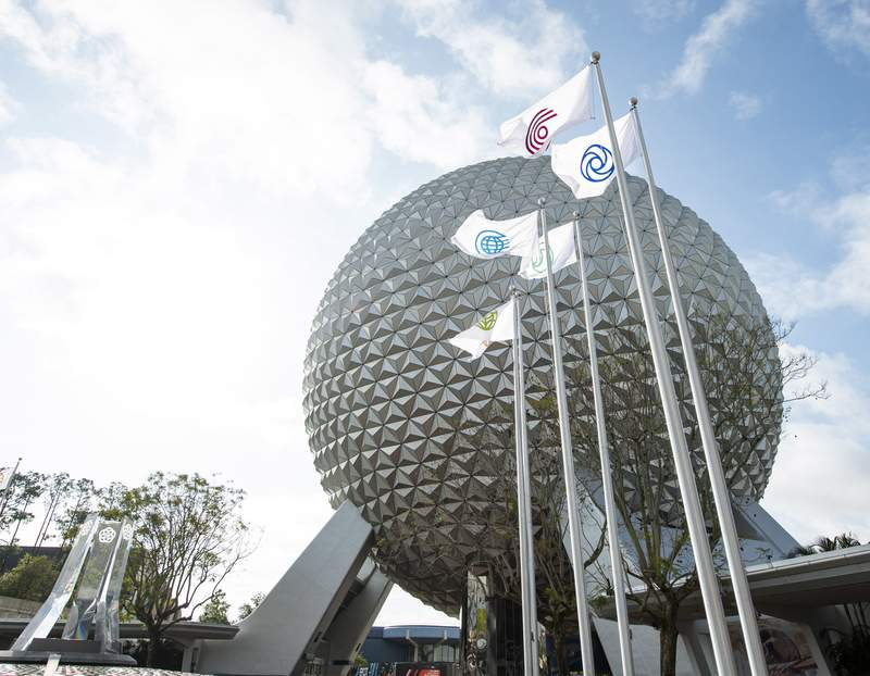 Flags of six original EPCOT icons were raised for the first time on March 3, 2021, at the main entrance of the Walt Disney World Resort theme park.