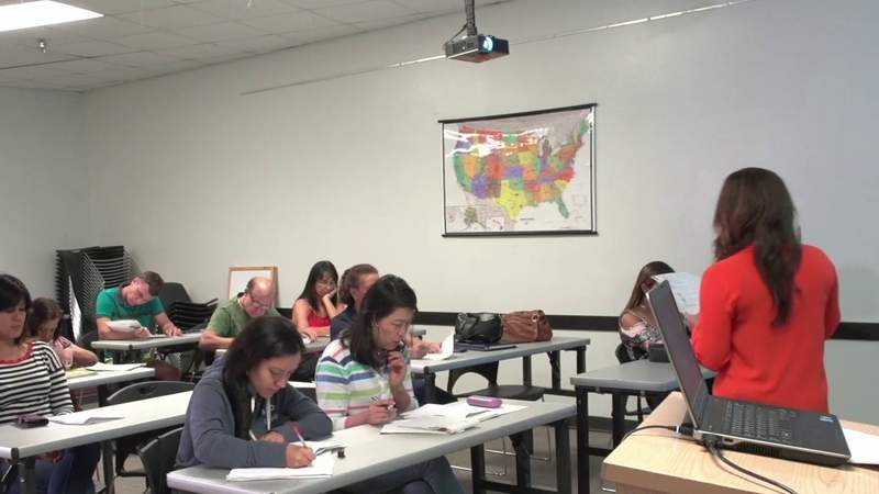 Orange County library offers Spanish, English courses