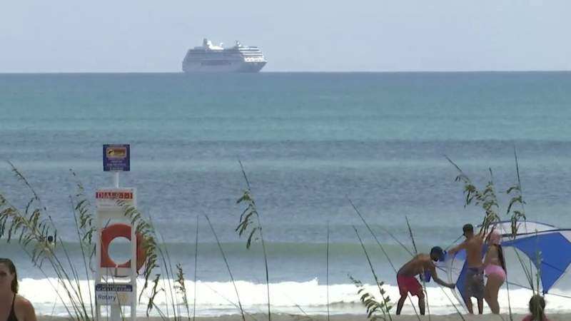 Open beaches in Brevard sell out hotel rooms