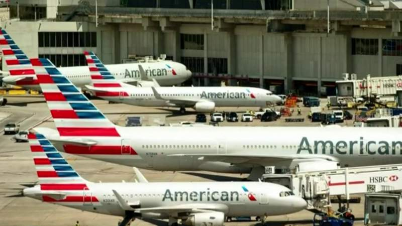 American Airlines extends ban on alcohol sales