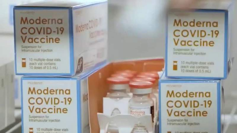 Federal government plans to ship vaccines directly to pharmacies in Florida