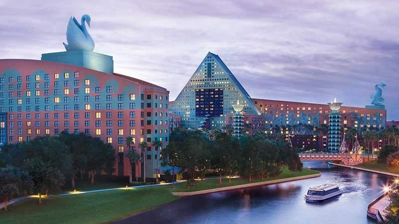 Photo: Walt Disney World Swan and Dolphin Resort