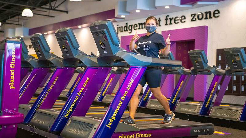 Planet Fitness is requiring gym goers to wear masks starting Aug. 1, 2020.