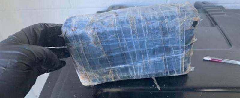 Deputies say a kilo of cocaine washed ashore on Cinnamon Beach in Palm Coast.