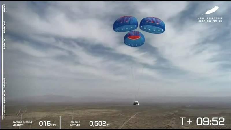 VIDEO: Blue Origin's 15th New Shepard launch and landing