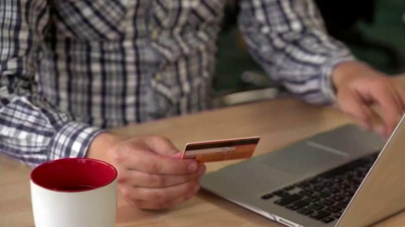 How to protect yourself form cyber crime when shopping online