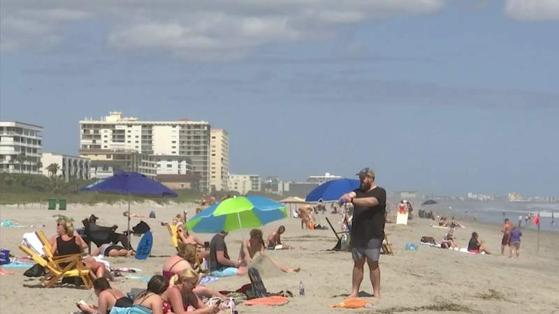 Cocoa Beach mayor wants to limit BYOB alcohol on the beach downtown