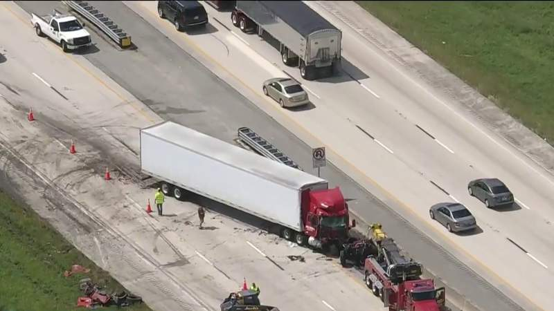 Holy cow: Dump truck full of cow manure spills on I-95 in Brevard