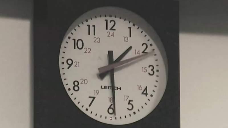 Senators fight to stay on daylight saving time