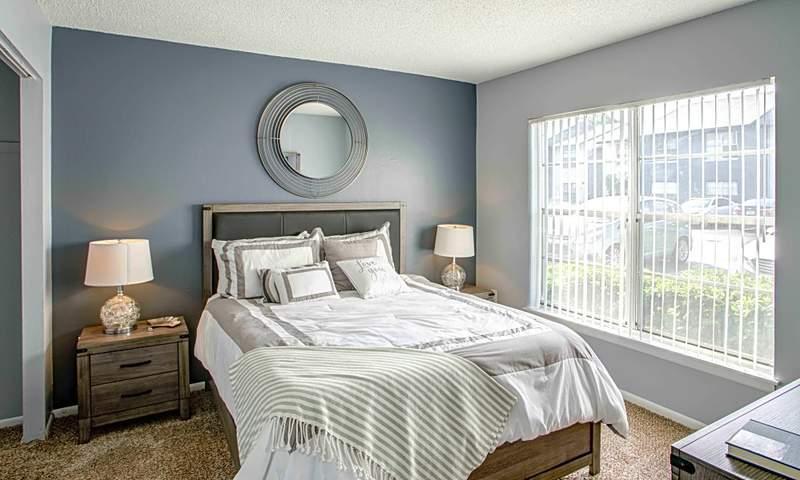 803 Don Quixote Ave.   Photos: Apartment Guide