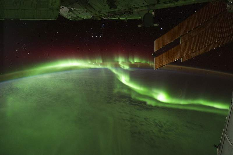 """Astronauts on the International Space Station (ISS) used a digital camera to capture several hundred photographs of the aurora australis, or """"southern lights,"""" while passing over the Indian Ocean on September 17, 2011. (Image credit: NASA)"""