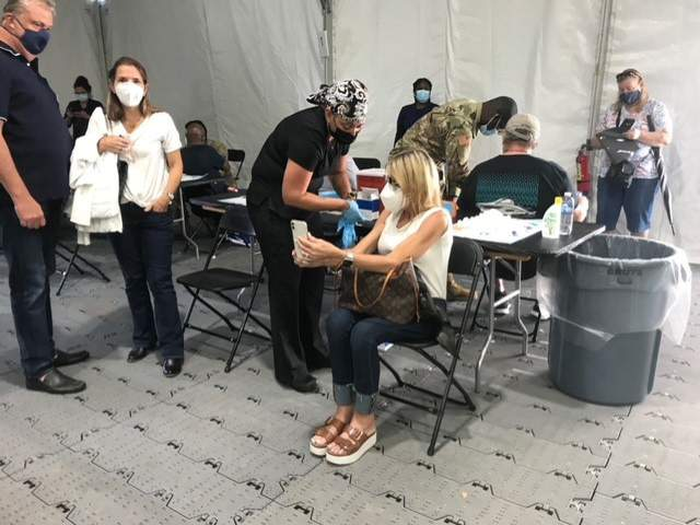 Ongoing COVID-19 vaccinations at the FEMA site at Valencia College on March 5, 2021. (Image: Nadeen Yanes/WKMG)