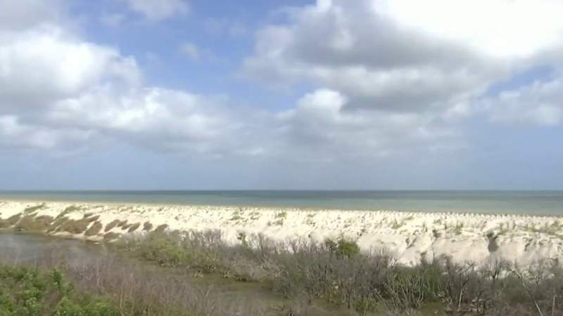 Dune restoration to protect launch operations at Kennedy Space Center from rising sea levels