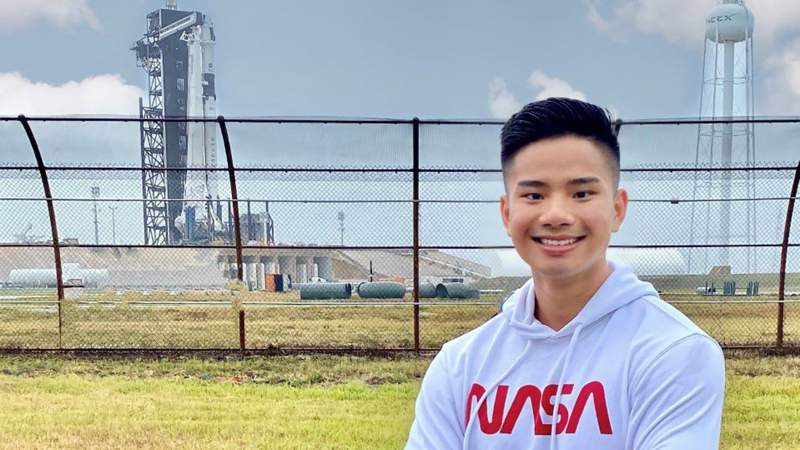 Cuong Tran, 26, is an electrical engineer at NASA's Kennedy Space Center working on the commercial crew program. (Image courtesy: NASA)