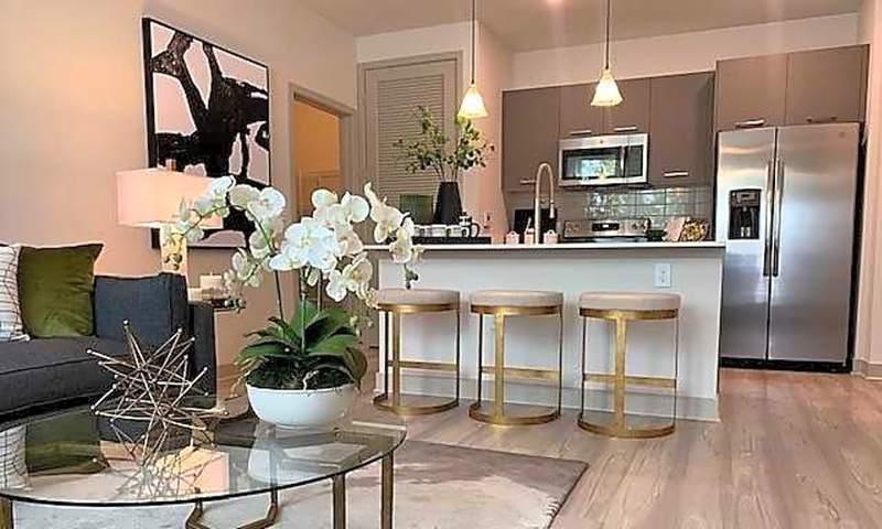 3670 Maguire Blvd. | Photo: Apartment Guide