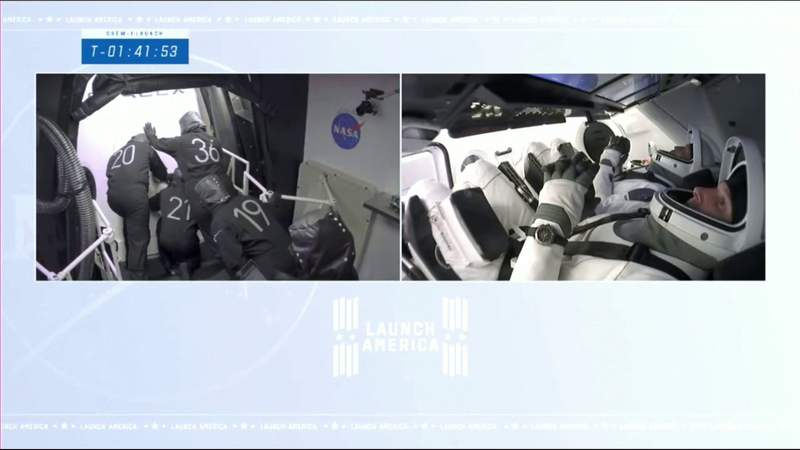 Hatch re-closed after pressure issue
