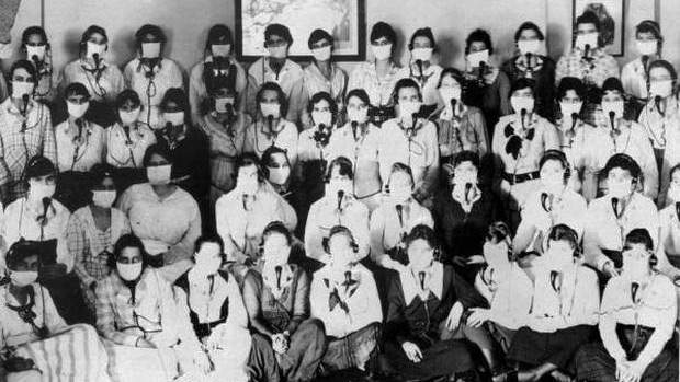 Southern Bell Telephone and Telegraph operators in Jacksonville during the 1918 Spanish flu epidemic.