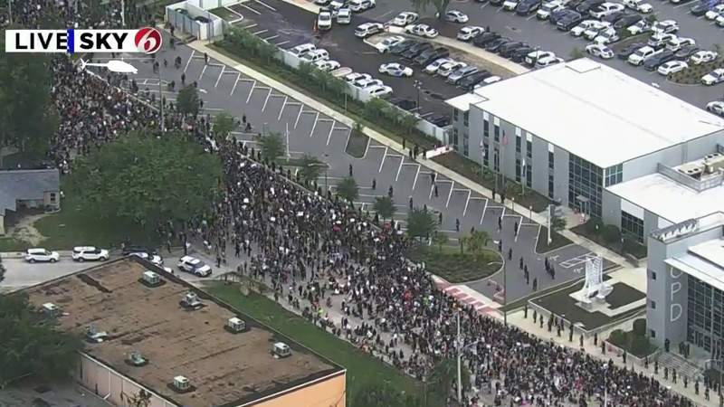 Thousands gather in downtown Orlando in response to George Floyd's death