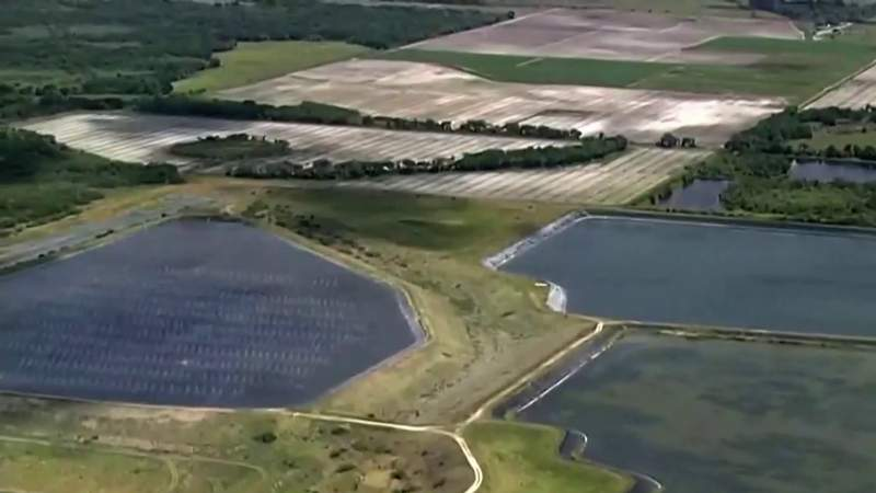 Florida tries to stop 'catastrophic' pond collapse