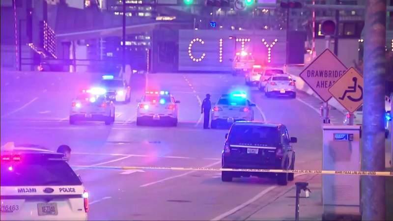 Cyclist falls to his death from South Miami Avenue drawbridge