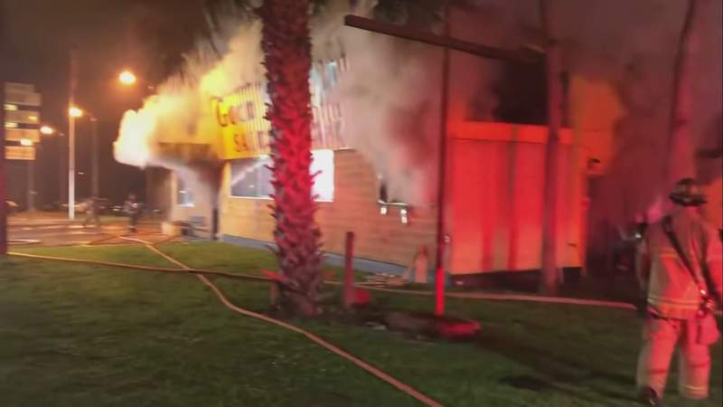 Fire damages business in Ocala