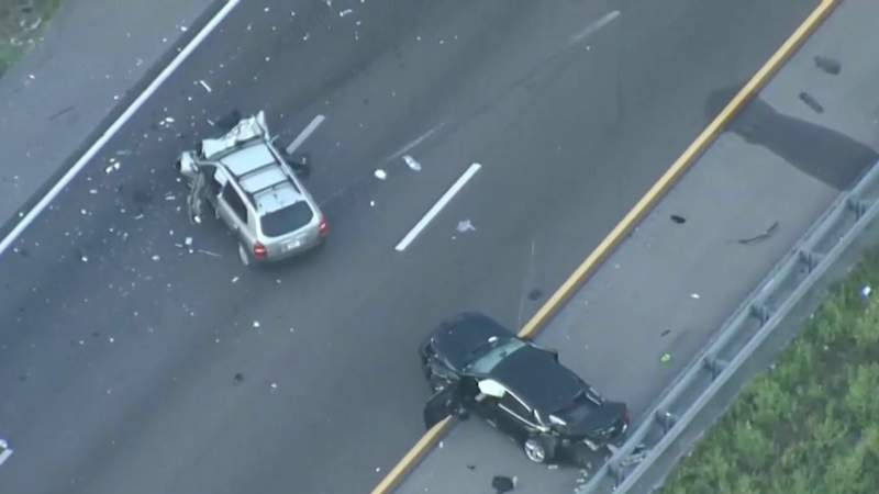 Man struck, killed by his own car in Volusia crash that closed I-4 for several hours