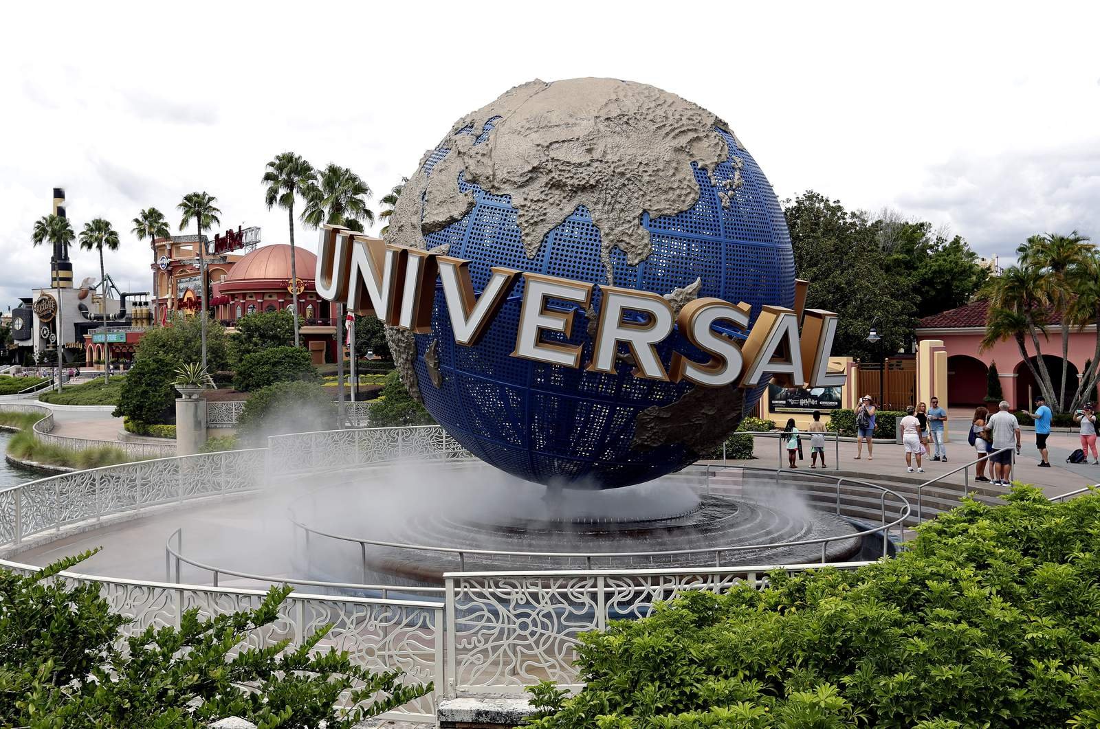 Get free access to Universal Orlando through Dec. 24 with purchase ...