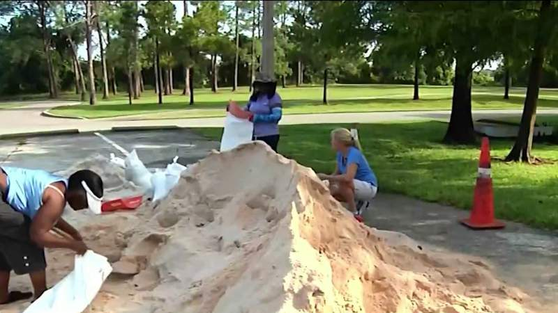 Central Florida residents prepare for impacts from Elsa