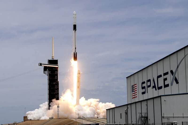 SpaceX delays rare-trajectory Cape Canaveral launch to this week - WKMG News 6 & ClickOrlando