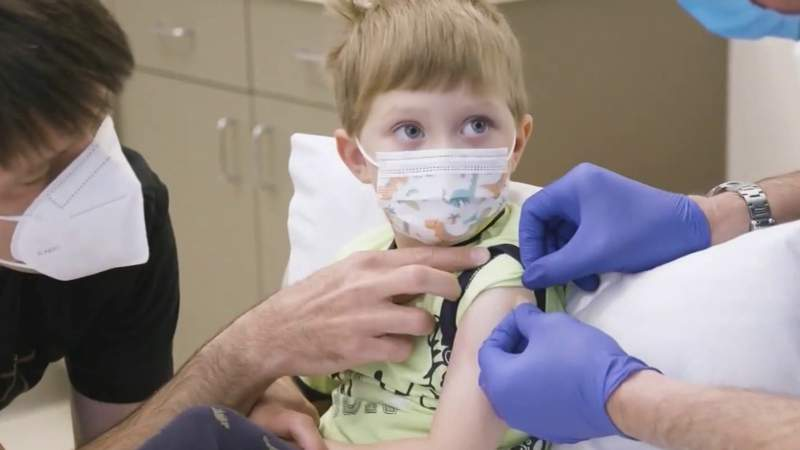 FDA to discuss vaccines for kids younger than 12