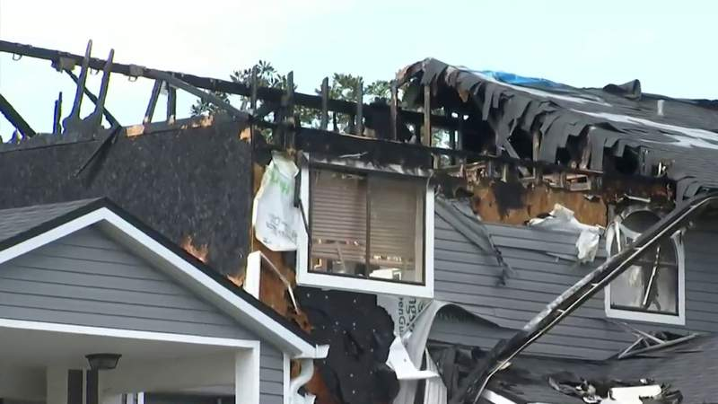 1 injured in 2-alarm fire at Orange County condos