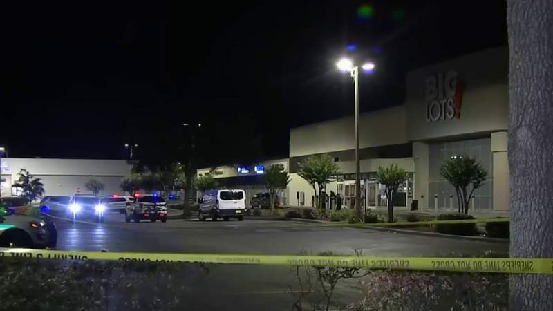 UPDATE: Man in connection in double shooting at Orange County apartment complex shoots himself