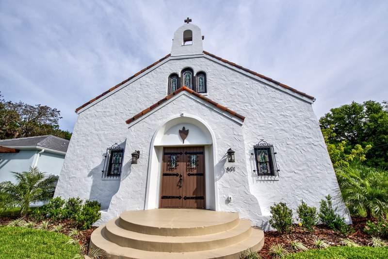 Historic Florida church now a 4-bedroom, $1.3 million home.