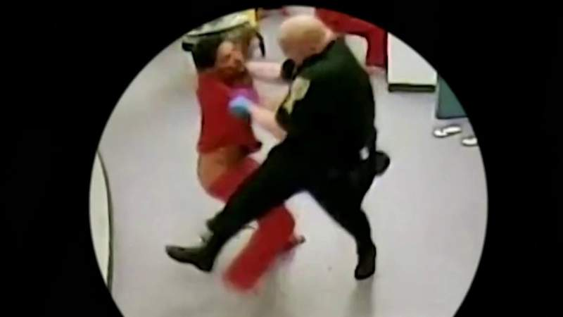 Video shows Gregory Edwards' confrontation with Brevard deputies before his death