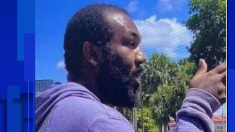 Police search for man accused of exposing himself, grabbing woman along Orlando's I-Drive