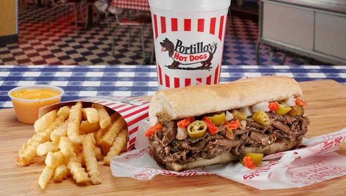Chicagoan shares 7 things you must try at Portillo's