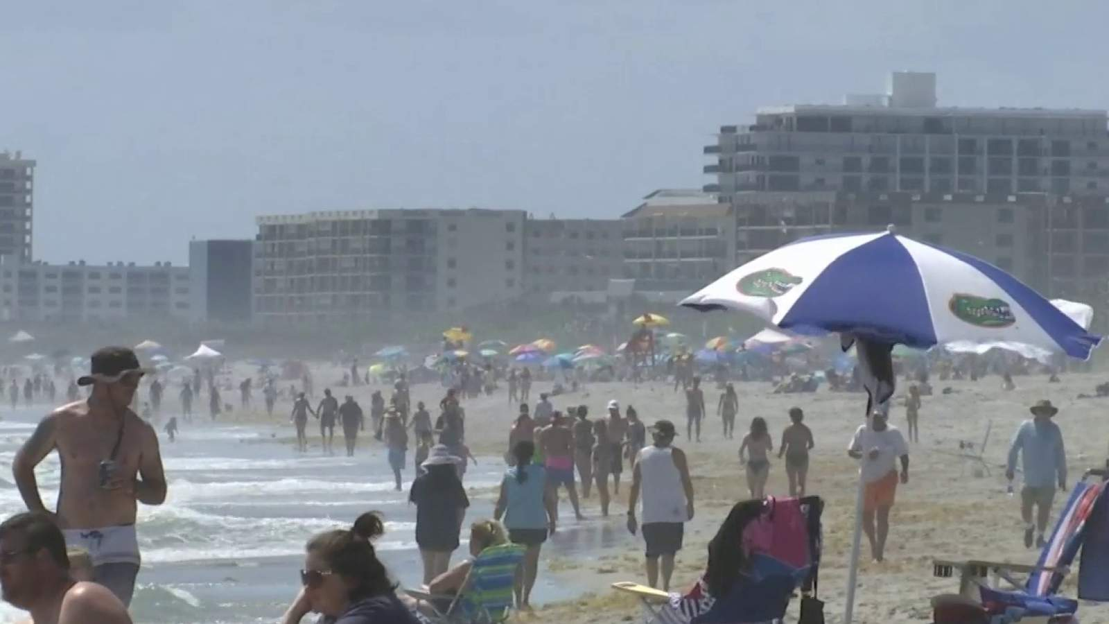 Brevard Trash Collection After Christmas 2020 13,000 pounds of trash left on Cocoa Beach after it reopens
