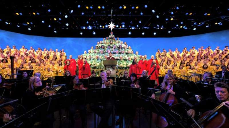 'Candlelight Processional' Returns Nov. 26 for the EPCOT International Festival of the Holidays