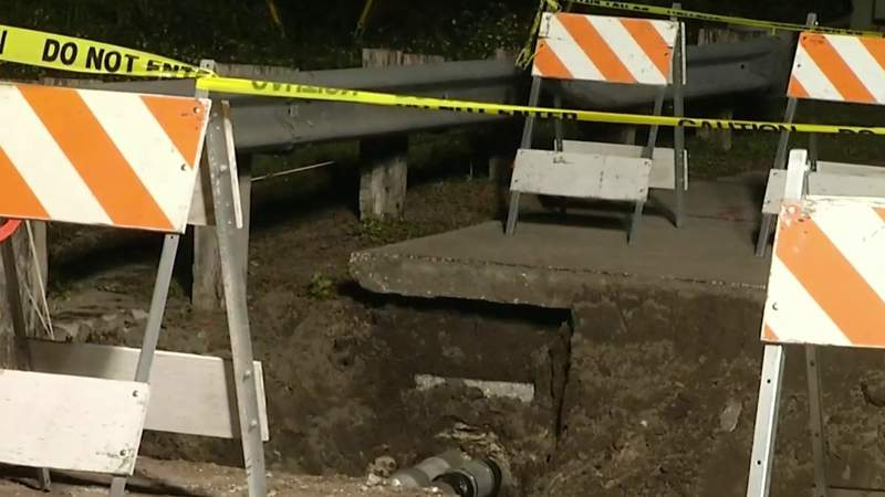 Bicyclist who fell in 12-foot hole was on way to work at Kissimmee Diner
